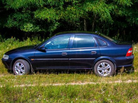 Черный Опель Вектра Б, объемом двигателя 1.8 л и пробегом 244 тыс. км за 3700 $, фото 1 на Automoto.ua