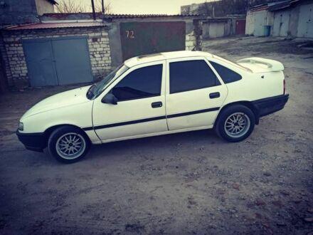 Белый Опель Вектра, объемом двигателя 1.6 л и пробегом 193 тыс. км за 1999 $, фото 1 на Automoto.ua