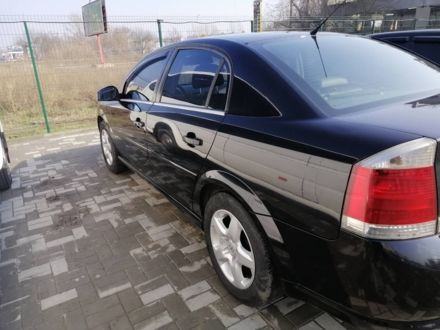 Черный Опель Вектра, объемом двигателя 1.9 л и пробегом 196 тыс. км за 9045 $, фото 1 на Automoto.ua