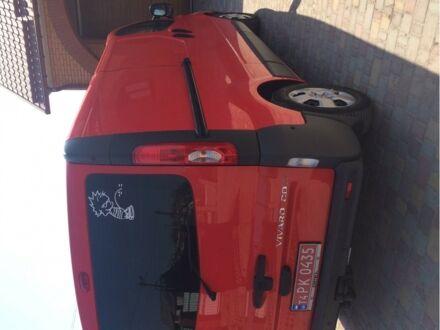 Червоний Опель Віваро пас., об'ємом двигуна 2 л та пробігом 154 тис. км за 10700 $, фото 1 на Automoto.ua