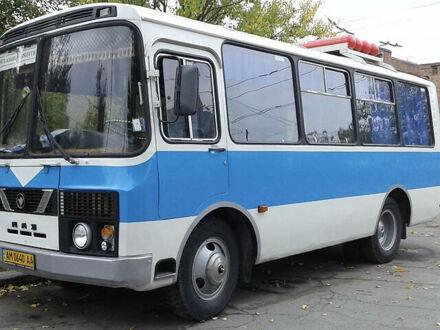 Белый ПАЗ 32051, объемом двигателя 4.7 л и пробегом 300 тыс. км за 5000 $, фото 1 на Automoto.ua
