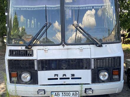 Белый ПАЗ 4234, объемом двигателя 4.75 л и пробегом 200 тыс. км за 3900 $, фото 1 на Automoto.ua