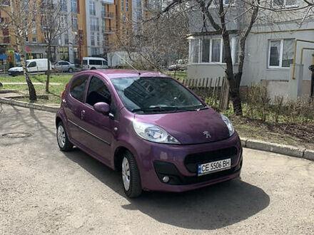 Фиолетовый Пежо 107, объемом двигателя 1 л и пробегом 66 тыс. км за 6250 $, фото 1 на Automoto.ua