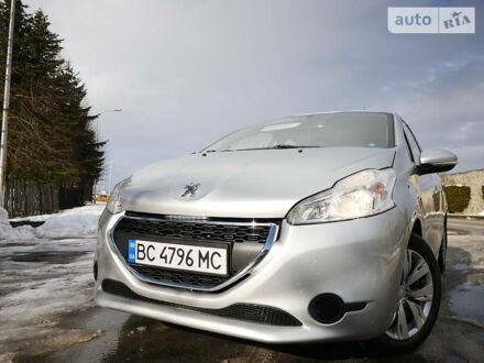 Сірий Пежо 208, об'ємом двигуна 1.2 л та пробігом 120 тис. км за 6750 $, фото 1 на Automoto.ua