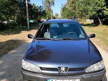 Синій Пежо 306, об'ємом двигуна 2 л та пробігом 425 тис. км за 3750 $, фото 1 на Automoto.ua
