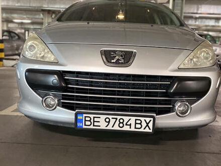 Серый Пежо 307, объемом двигателя 2 л и пробегом 225 тыс. км за 6499 $, фото 1 на Automoto.ua