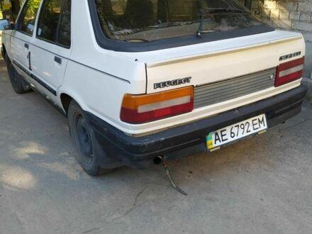 Білий Пежо 309, об'ємом двигуна 1.3 л та пробігом 300 тис. км за 1000 $, фото 1 на Automoto.ua