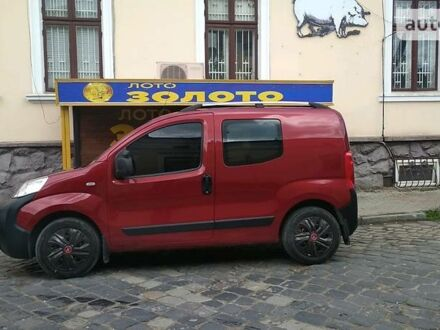 Красный Пежо Биппер пасс., объемом двигателя 1.4 л и пробегом 190 тыс. км за 5555 $, фото 1 на Automoto.ua