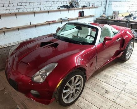Красный Понтиак Солстис, объемом двигателя 0 л и пробегом 160 тыс. км за 15000 $, фото 1 на Automoto.ua