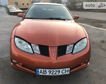 Апельсин Понтіак Sunfire, об'ємом двигуна 2.2 л та пробігом 220 тис. км за 5200 $, фото 1 на Automoto.ua