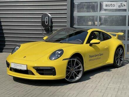 Желтый Порше 911, объемом двигателя 3 л и пробегом 4 тыс. км за 188800 $, фото 1 на Automoto.ua