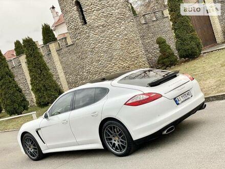 Білий Порше Panamera, об'ємом двигуна 3.6 л та пробігом 94 тис. км за 28999 $, фото 1 на Automoto.ua