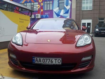 Красный Порше Панамера, объемом двигателя 0.04 л и пробегом 68 тыс. км за 29300 $, фото 1 на Automoto.ua