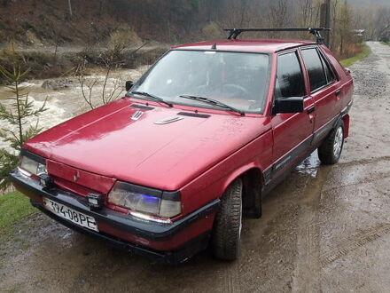 Червоний Рено 11, об'ємом двигуна 1.9 л та пробігом 100 тис. км за 800 $, фото 1 на Automoto.ua