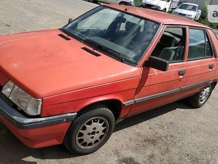 Червоний Рено 11, об'ємом двигуна 1.7 л та пробігом 180 тис. км за 1100 $, фото 1 на Automoto.ua