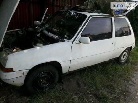 Білий Рено 5, об'ємом двигуна 1 л та пробігом 100 тис. км за 300 $, фото 1 на Automoto.ua