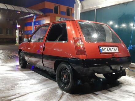 Красный Рено 5, объемом двигателя 1.4 л и пробегом 200 тыс. км за 900 $, фото 1 на Automoto.ua