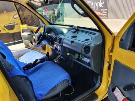 Желтый Рено Экспресс, объемом двигателя 1.88 л и пробегом 1 тыс. км за 3800 $, фото 1 на Automoto.ua