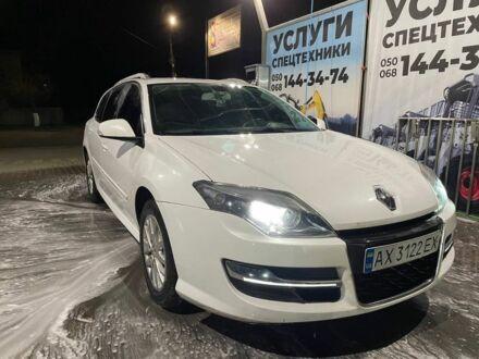 Белый Рено Лагуна, объемом двигателя 1.5 л и пробегом 180 тыс. км за 8300 $, фото 1 на Automoto.ua