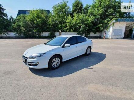 Белый Рено Лагуна, объемом двигателя 1.5 л и пробегом 295 тыс. км за 9950 $, фото 1 на Automoto.ua
