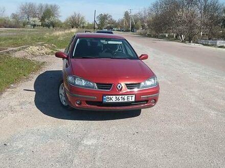Красный Рено Лагуна, объемом двигателя 1.6 л и пробегом 205 тыс. км за 5350 $, фото 1 на Automoto.ua