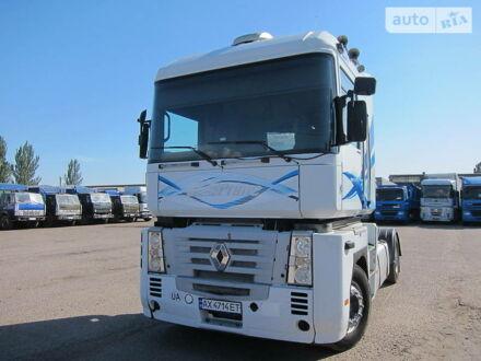 Белый Рено Магнум, объемом двигателя 12 л и пробегом 999 тыс. км за 9900 $, фото 1 на Automoto.ua