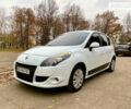 Белый Рено Сценик, объемом двигателя 1.5 л и пробегом 212 тыс. км за 7800 $, фото 1 на Automoto.ua