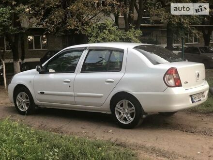 Белый Рено Симбол, объемом двигателя 1.4 л и пробегом 195 тыс. км за 4800 $, фото 1 на Automoto.ua