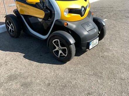 Желтый Рено Твизи, объемом двигателя 0 л и пробегом 9 тыс. км за 5500 $, фото 1 на Automoto.ua