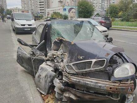Сірий Рено Viva, об'ємом двигуна 2 л та пробігом 500 тис. км за 20000 $, фото 1 на Automoto.ua