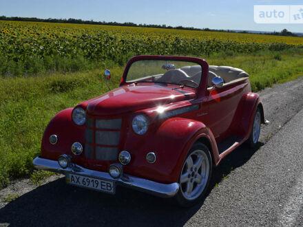 Красный Ретро Классические, объемом двигателя 1.5 л и пробегом 1 тыс. км за 8000 $, фото 1 на Automoto.ua