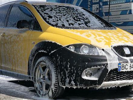 Желтый Сеат Фритрек, объемом двигателя 2 л и пробегом 245 тыс. км за 8500 $, фото 1 на Automoto.ua