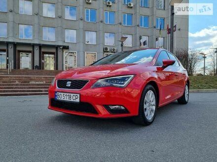 Красный Сеат Леон, объемом двигателя 1.6 л и пробегом 68 тыс. км за 13800 $, фото 1 на Automoto.ua