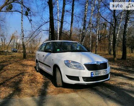 Білий Шкода Фабія, об'ємом двигуна 1.2 л та пробігом 185 тис. км за 6700 $, фото 1 на Automoto.ua