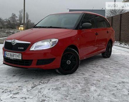 Красный Шкода Фабия, объемом двигателя 1.6 л и пробегом 208 тыс. км за 6800 $, фото 1 на Automoto.ua