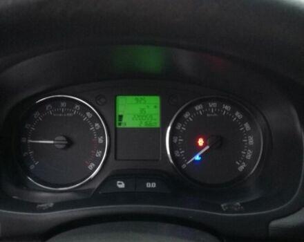 Красный Шкода Фабия, объемом двигателя 12 л и пробегом 22 тыс. км за 6300 $, фото 1 на Automoto.ua