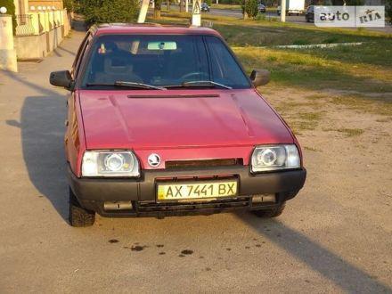 Красный Шкода Фаворит, объемом двигателя 0 л и пробегом 235 тыс. км за 1650 $, фото 1 на Automoto.ua