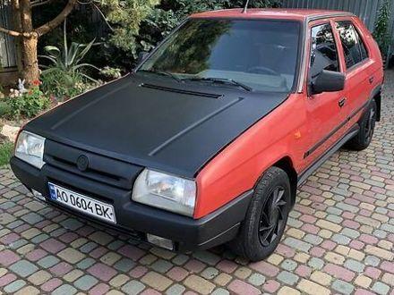 Красный Шкода Фаворит, объемом двигателя 1.3 л и пробегом 240 тыс. км за 2200 $, фото 1 на Automoto.ua
