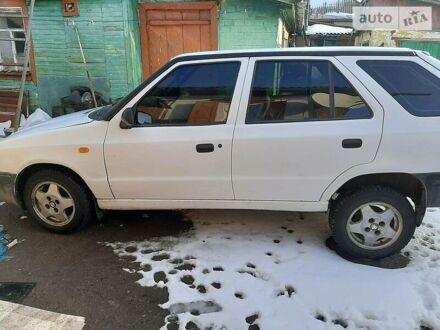 Белый Шкода Фелиция, объемом двигателя 1.3 л и пробегом 165 тыс. км за 2300 $, фото 1 на Automoto.ua