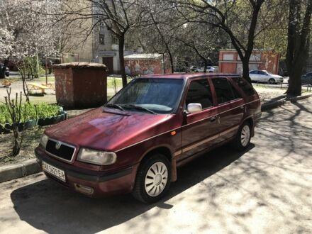 Красный Шкода Фелиция, объемом двигателя 1.3 л и пробегом 250 тыс. км за 2400 $, фото 1 на Automoto.ua