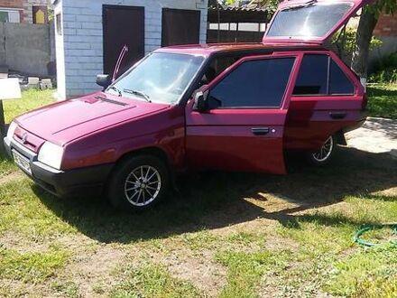 Красный Шкода Форман, объемом двигателя 1.3 л и пробегом 150 тыс. км за 2500 $, фото 1 на Automoto.ua