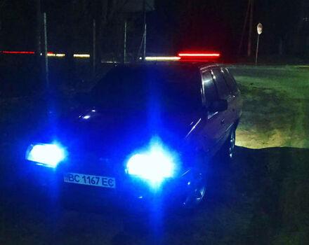 Красный Шкода Форман, объемом двигателя 1.3 л и пробегом 300 тыс. км за 1750 $, фото 1 на Automoto.ua