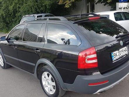 Чорний Шкода Octavia Scout, об'ємом двигуна 2 л та пробігом 240 тис. км за 10000 $, фото 1 на Automoto.ua