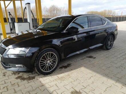 Черный Шкода Суперб, объемом двигателя 2 л и пробегом 92 тыс. км за 21800 $, фото 1 на Automoto.ua