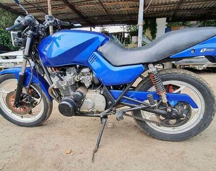 Синий Сузуки Бандит, объемом двигателя 0 л и пробегом 150 тыс. км за 1000 $, фото 1 на Automoto.ua