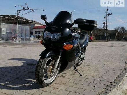 Черный Сузуки GSX 600F, объемом двигателя 0.6 л и пробегом 50 тыс. км за 3000 $, фото 1 на Automoto.ua