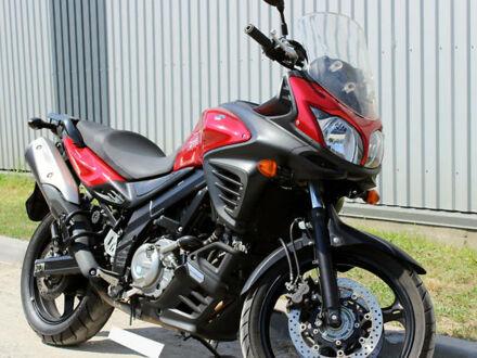 Красный Сузуки V-Strom 650, объемом двигателя 0.65 л и пробегом 33 тыс. км за 6800 $, фото 1 на Automoto.ua