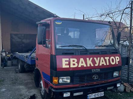 Красный TATA ЛПТ, объемом двигателя 5.7 л и пробегом 300 тыс. км за 8900 $, фото 1 на Automoto.ua