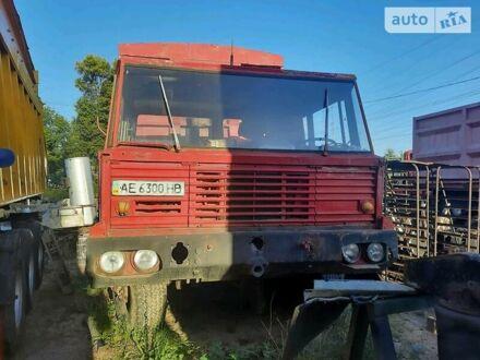 Красный Татра 813, объемом двигателя 1.58 л и пробегом 100 тыс. км за 7000 $, фото 1 на Automoto.ua