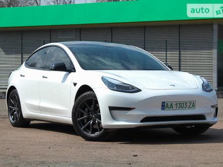 Белый Тесла Модель 3, объемом двигателя 0 л и пробегом 15 тыс. км за 47999 $, фото 1 на Automoto.ua